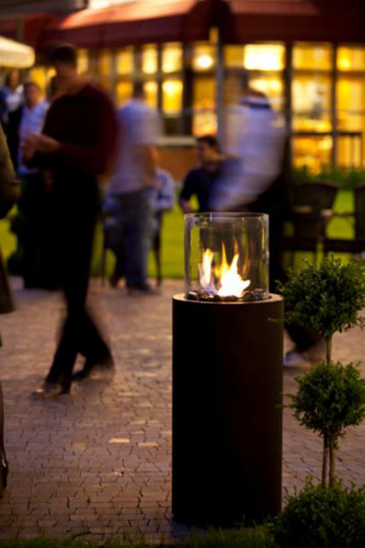 ethanol fireplace biokominek garden Planika Fires01 La biochimenea como una inspiración para los diseñadores de los jardines.