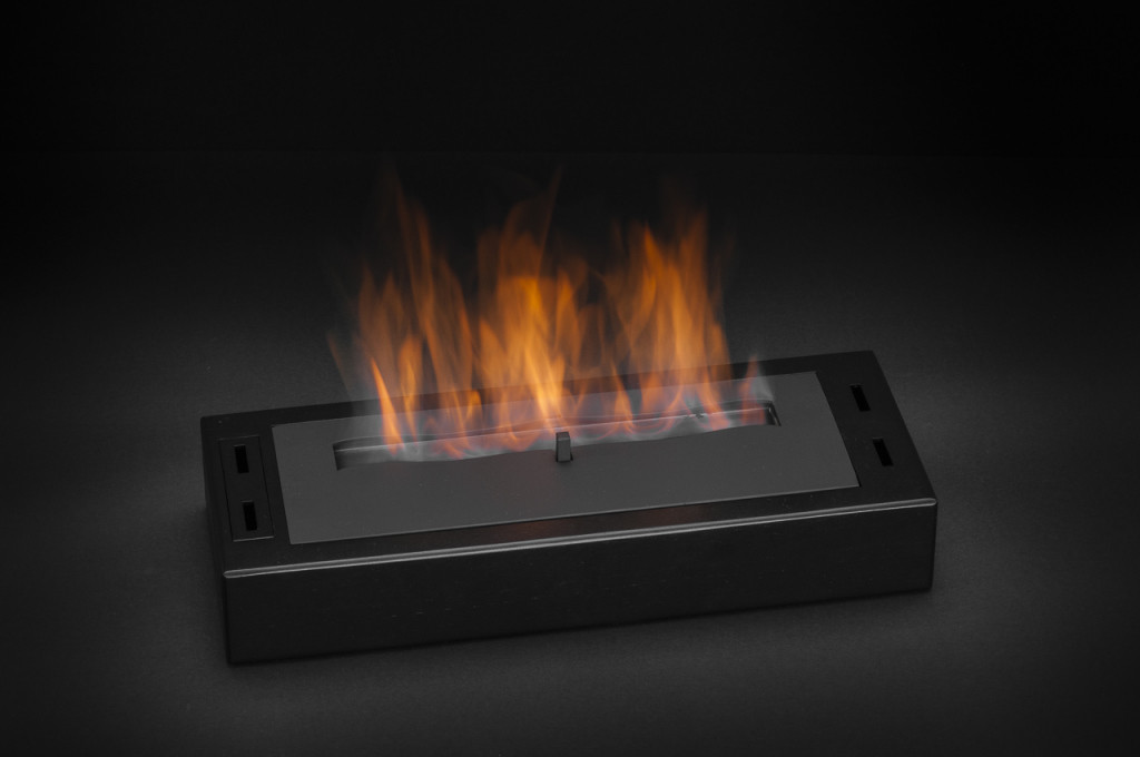 6-AKOWOOD-Fire-Insert-02-B-1024x680